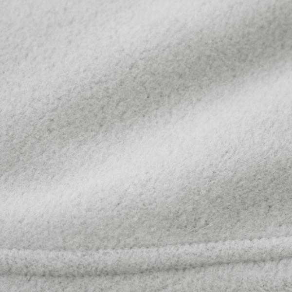 柔らかな質感と保温・吸湿発熱性に優れた、ブランドオリジナルの生地(表面)