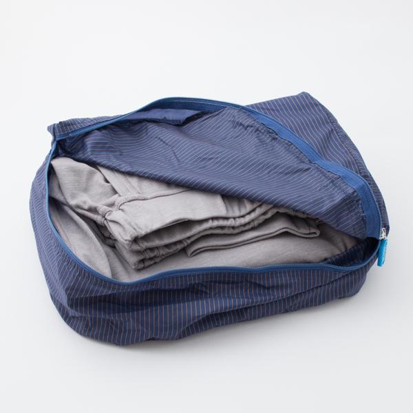 コンフォータブルTシャツ・パンツが上下まとめてぴったり収まるサイズ