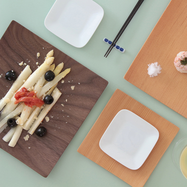 和洋問わずどんなお料理にも合い、飽きのこないシンプルなデザイン