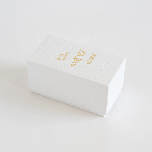 化粧箱入りでご結婚祝いなどの贈り物にもおすすめです