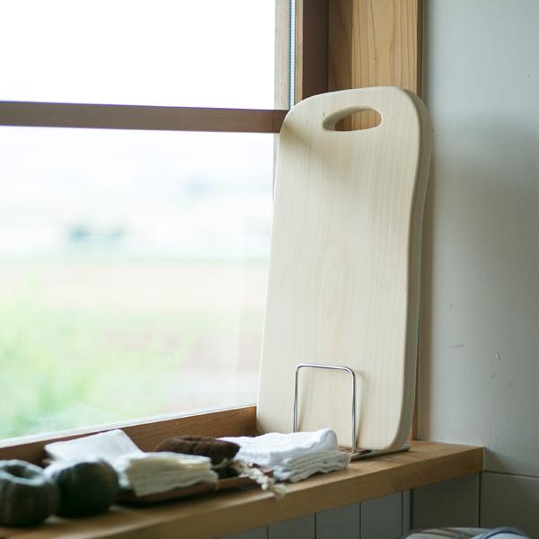 使用後はしっかりと汚れを落とし、風通しの良い場所で乾かします