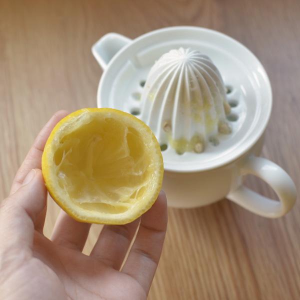 レモンを綺麗に搾りとれます