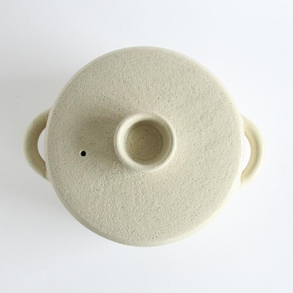 明るい色、透明釉白の伊賀耐熱スープポット