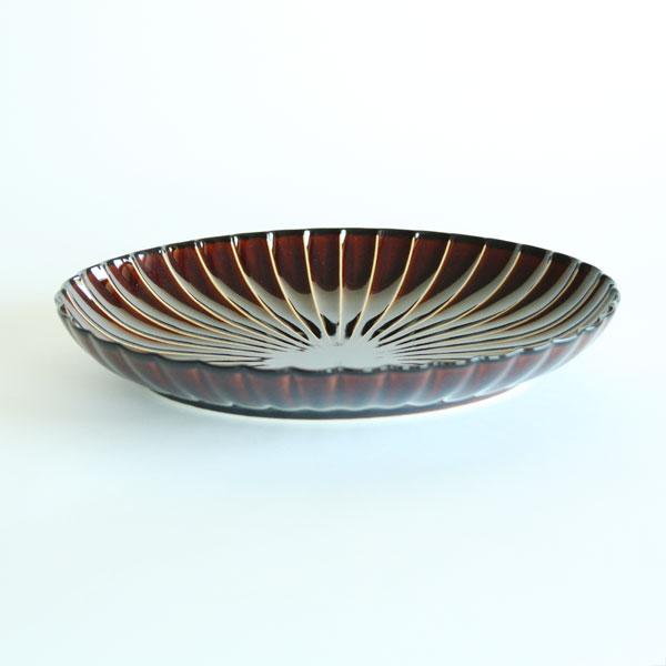 ぎやまん陶 楕円大皿は、大人数にサーブする際に便利な楕円形