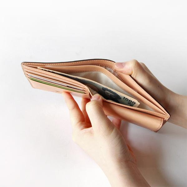 紙幣コンパートメント×2
