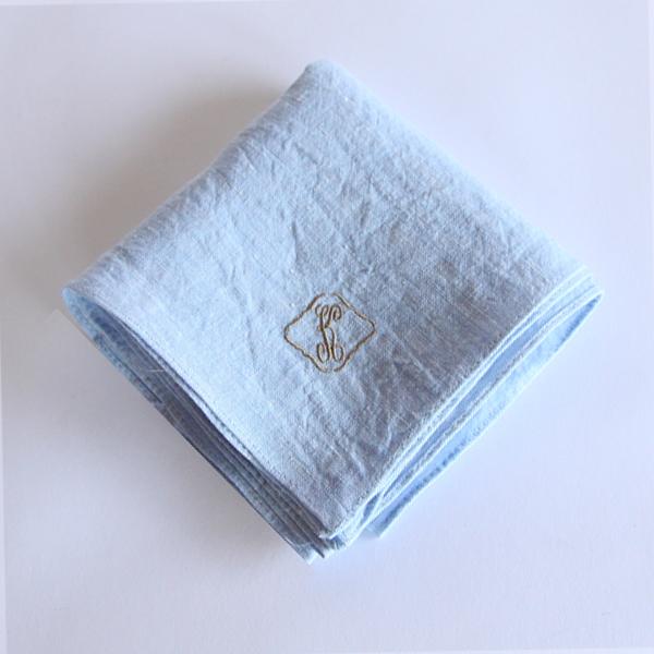 カラー刺繍ハンカチ K