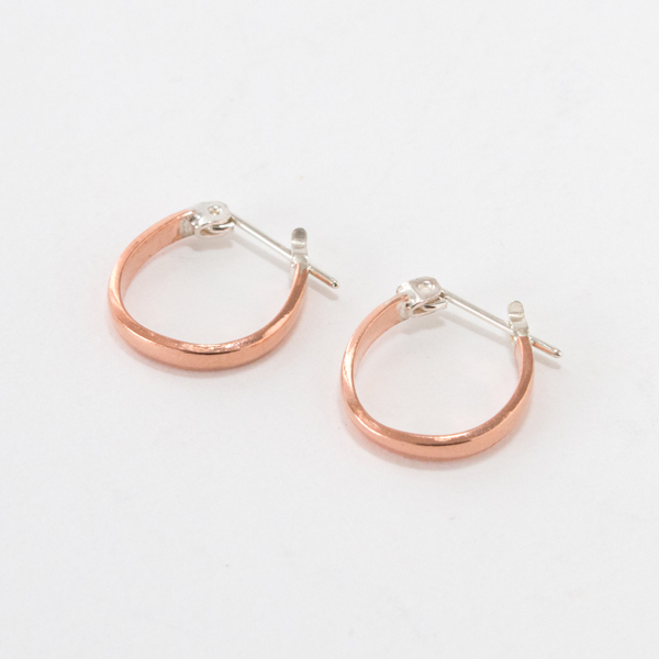 ピアス STUDEBAKER MINI LODGE HOOPS POLISHED(COPPER)