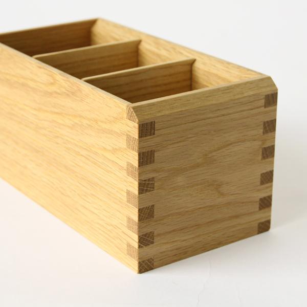 金具を使わない「あられ組み」という伝統工法で作られています