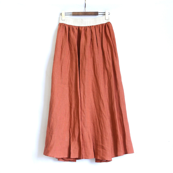 ロングスイングスカート(CLAY RED)