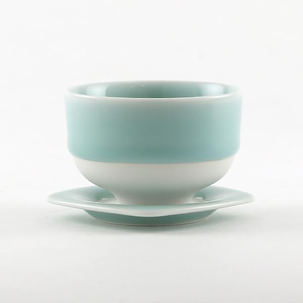 煎茶碗とあわせて(鍋島青磁)