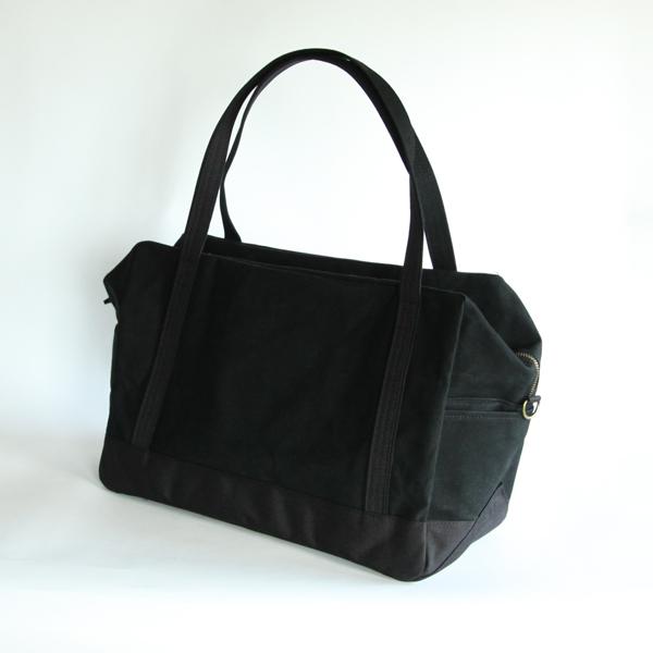 どこか懐かしく、どこか新しい、6SHiKi (ロクシキ)のデイリーボストンバッグ