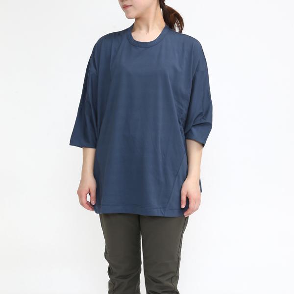 BLUE(モデル身長:162cm)