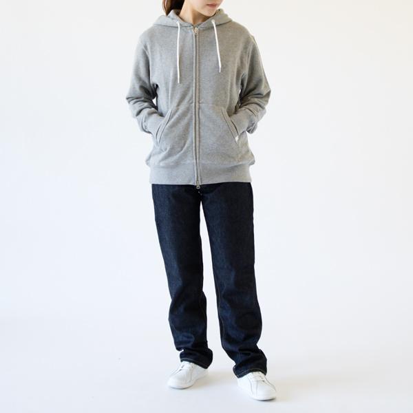 女性着用イメージ(サイズS モデル身長162cm)