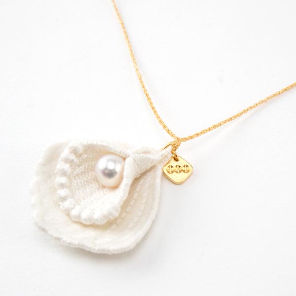 可愛らしい貝殻のモチーフ