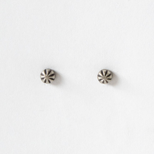 ピアス STUDEBAKERS CARVED STUD EARRINGS WORK PATINA