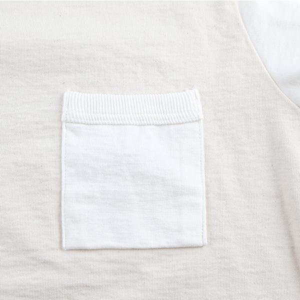 胸ポケット付き