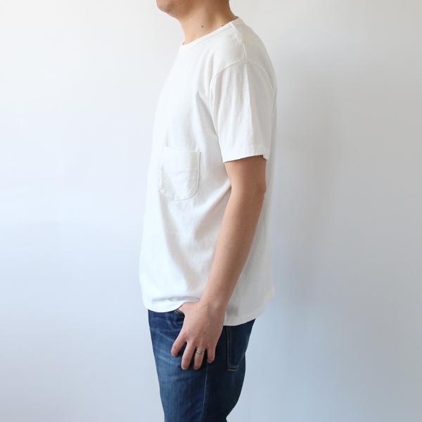モデル身長:169cm、着用サイズ:4この色は取り扱いがありません)