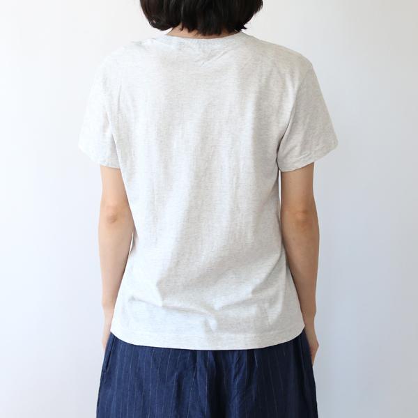 モデル身長:157cm、着用サイズ:2(WHITE MELANGE)