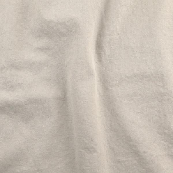 洗いざらし感のあるソフトで柔らかな風合い(SMOKE)