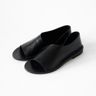 TOE AND INSIDE OPEN SHOES BLACK
