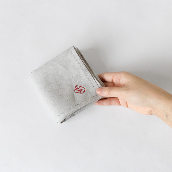 リネン刺繍ハンカチ (GREY/BORDEAUX)