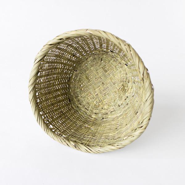 竹の表を内側にしているため、お米を傷つけることなく研ぐことができます