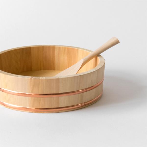 酢飯やチラシ寿司以外にも、ふたを使えば保存容器としてもお使いいただけます