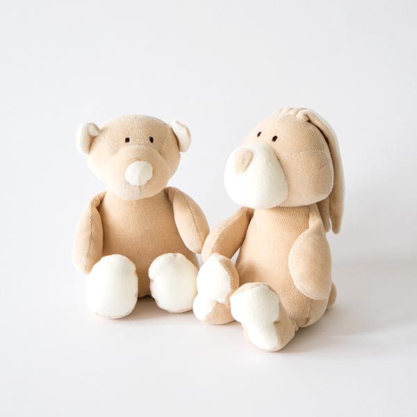 左からクマ、ウサギ