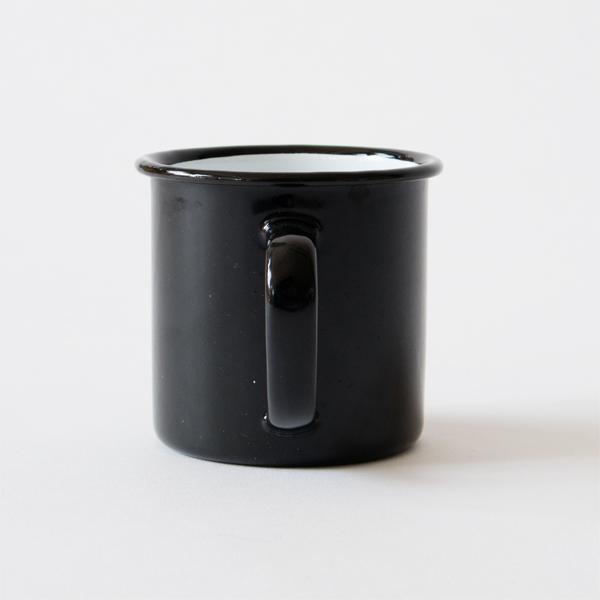丈夫で割れにくい琺瑯製のマグカップ(Coal Black)