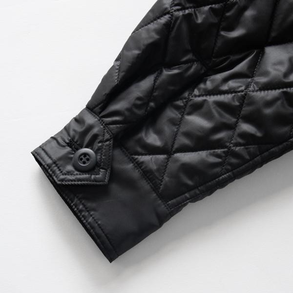 カフス仕様の袖口