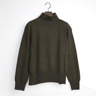 メリノウール タートルネックセーター