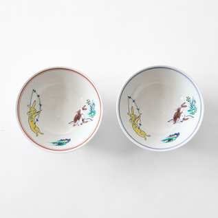 PAIR OF KUTANI CHOJU-GIGA RICE BOWLS