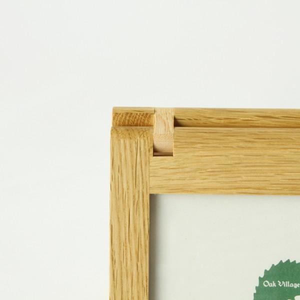 金具を使わず、木材のみで作られています
