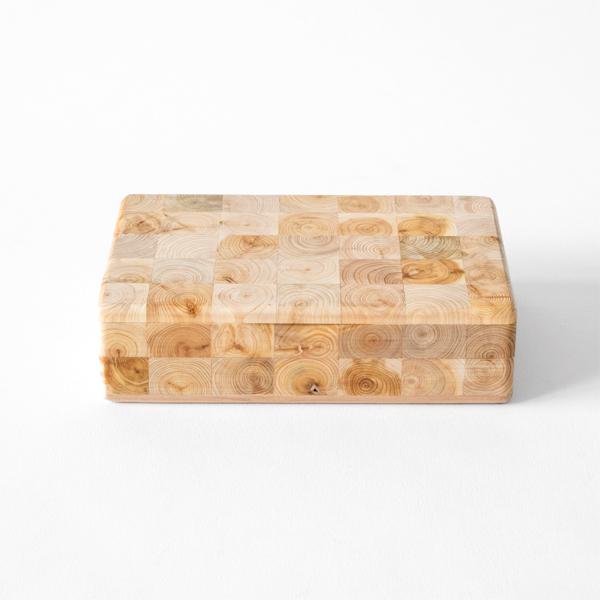 天然のジュニパーの木で作られた寄木ボックス